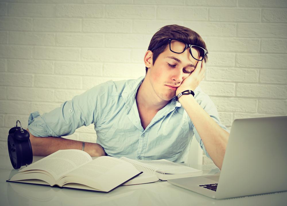 álmatlanság,aluszékonyság, jóalvás központ,